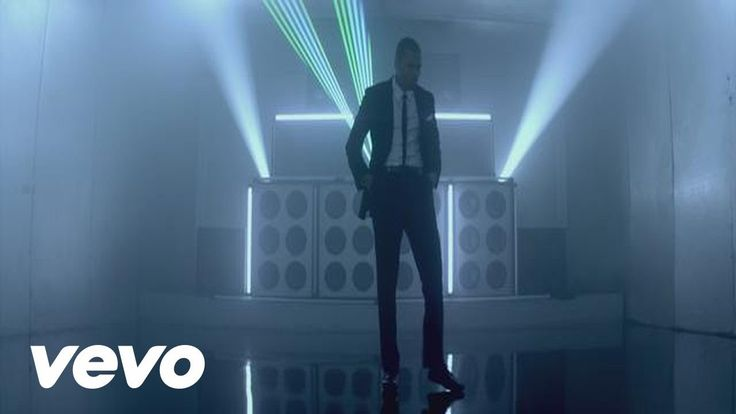 Chris Brown - Turn Up the Music - why am I home Saturday night and not out dancing?