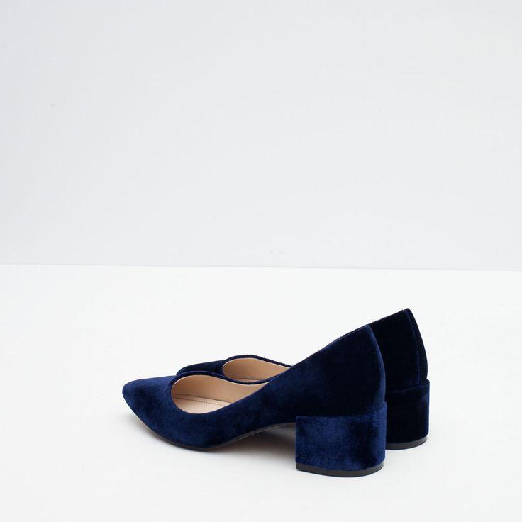 Image 3 of BLOCK HEEL VELVET SHOES from Zara