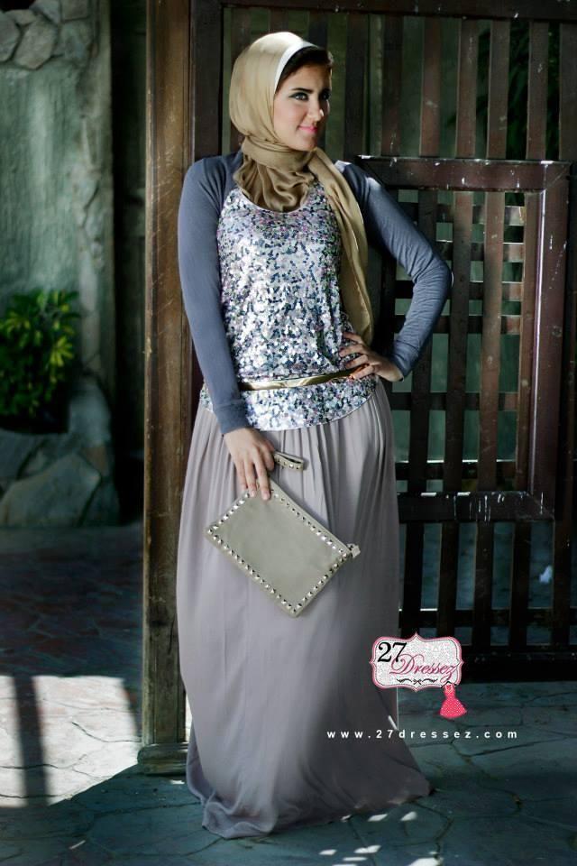 maxi dress  Hijab casual outfits by 27dressesz http://www.justtrendygirls.com/hijab-casual-outfits-by-27dressesz/
