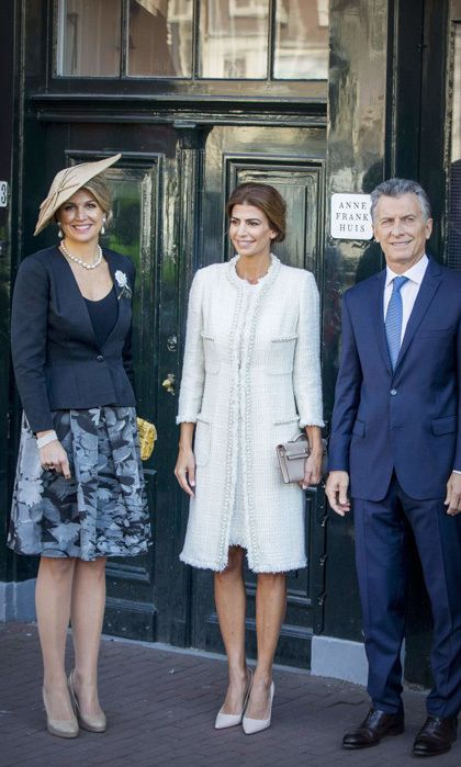 Queen Maxima, who was joined by the president and first lady of Argentina, paired her A-line skirt and blazer with a conical style fascinator for their visit to a hockey clinic in Amsterdam in March 2017.