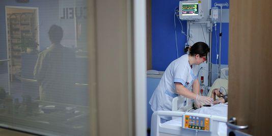 L'hôpital Cochin à Paris a ouvert une enquête interne « pour éclaircir les circonstances » de la mort « inexpliquée » d'une sexagénaire same...