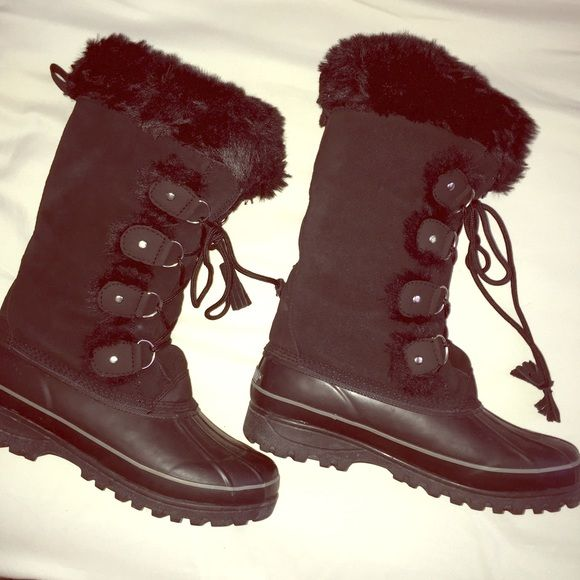 Black Winter Boots Black Sorel / Northface - Like Winter Boots with Faux Fur! In practically brand new condition! *Not NorthFace North Face Shoes Winter & Rain Boots