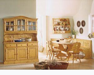 Soggiono completo color olio bio in legno massello composto da Giropanca, Tavolo, Sedie, Piattaia, Credenza 3 ante  Tutto nuovo, imballato in scatola e di ottima qualità PREZZI FABBRICA