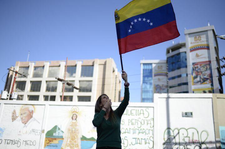 Venezuelan Musicians Protest Repression with a Smoking Cover of Ruben Blades