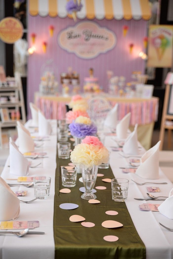 top 25 best birthday table decorations ideas on pinterest. Black Bedroom Furniture Sets. Home Design Ideas