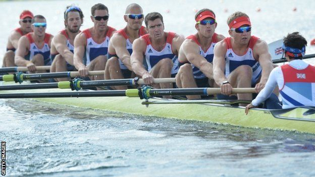 The men's eight rowing to bronze (BBC)