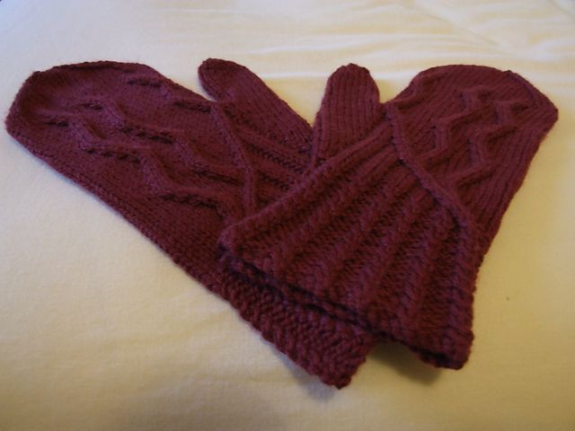 Ravelry: claire97's New mittens!