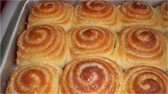 Fatias Húngaras, um pãozinho muito melhor que pão doce! Bem molhadinho, o sabor do coco prevalece, o que faz dessa rosquinha uma deliciosa opção para seu c