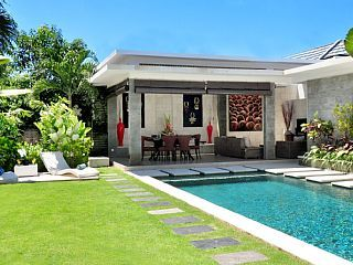 Villa LA: Luxury 3 BEDROOM VILLA with private pool, Jacuzzii CLOSE TO BEACH.Vacation Rental in Seminyak from @homeawayau #holiday #rental #travel #homeaway