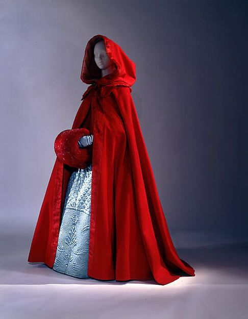 18th century cloak. It sometimes had a hood attached to the top of the cloak. It varied in lengths. This one is a floor length cloak.