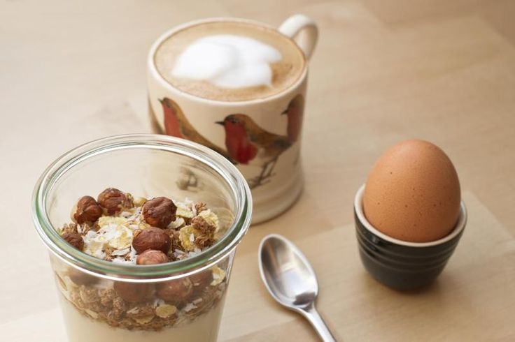 What Is the Difference Between Muesli & Granola?
