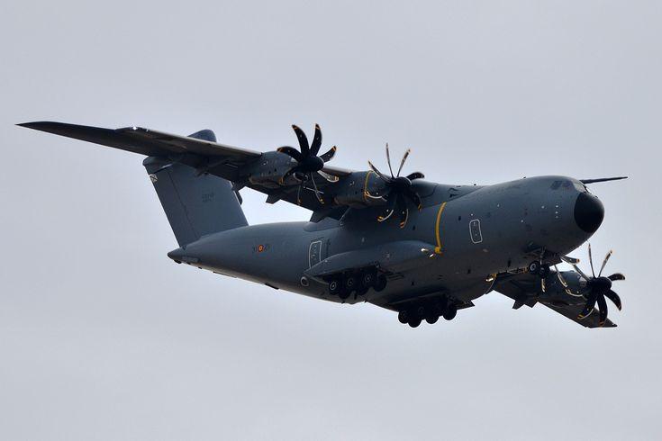 https://flic.kr/p/Feq3j9 | SPANISH AIR FORCE AIRBUS A400 T.23-01 31-21 ZAZ/LEZG
