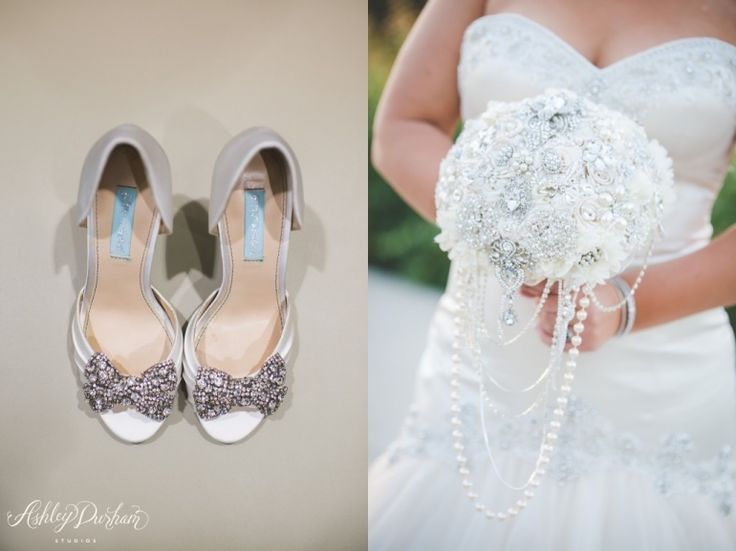 Love That Jewelled Wedding Bouquet