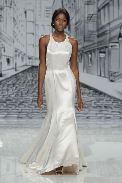 Vestidos de novia cuello redondo 2017: Un diseño que no pasa de moda Image: 21