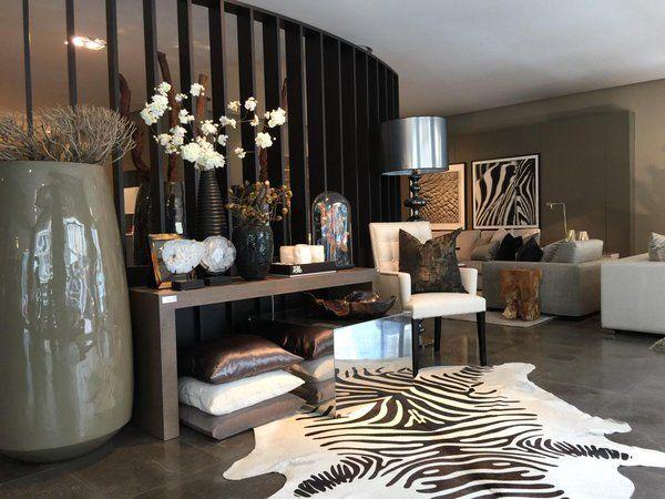 Belgium / Antwerpen / Show Room / Eric Kuster / Metropolitan Luxury