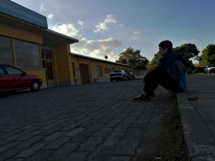 EXPLANADA. Martín y la Estación.