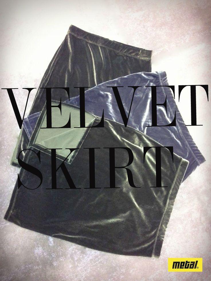 Velvet obsessed!!! Φούστες midi από βελούδο σε διάφορα χρώματα. #metal #metaldeluxe #velvet #gold #trend #silver #velvetskirt #green #velvetrend #skirt #fashion #clothes #autumn #happy #style #fall #mensfashion #womensfashion #fashionista #newarrivals #mensclothes #womensclothes #moodoftheday #picoftheday #chic