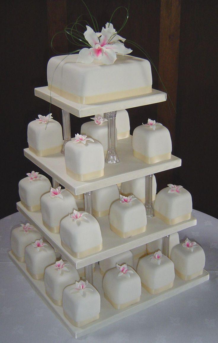 Cake Boards With Pillars.JPG 1,179×1,859 pixels