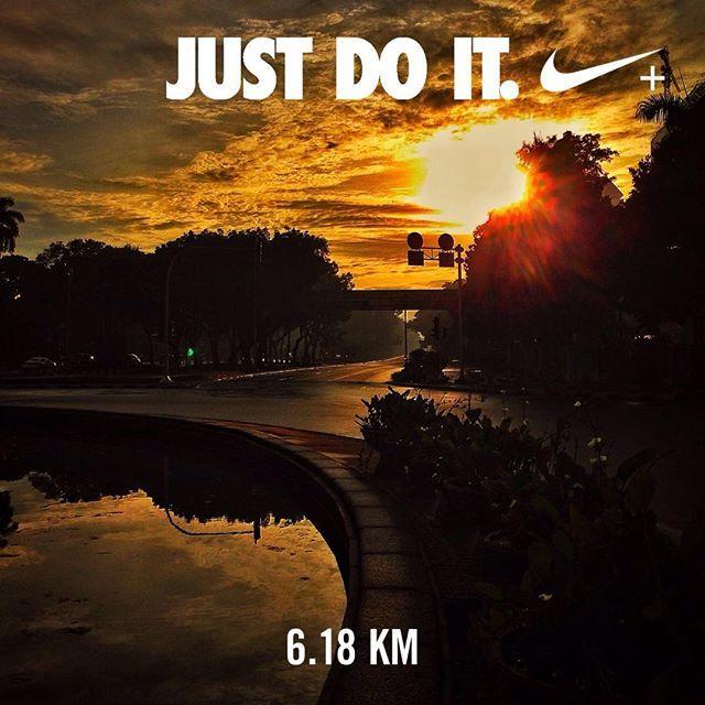 #nikeplus #morningrun #goodmorning #myrun #running #justdoit #nikerunclub #sunrise #urbanrunner #cityrunner #instarunners #instatunners #selamatpagi #laripagi #jakarta #indonesia