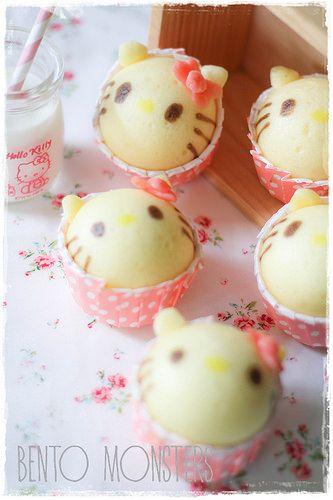 Bento, Monsters: Hello Kitty Steam Cake