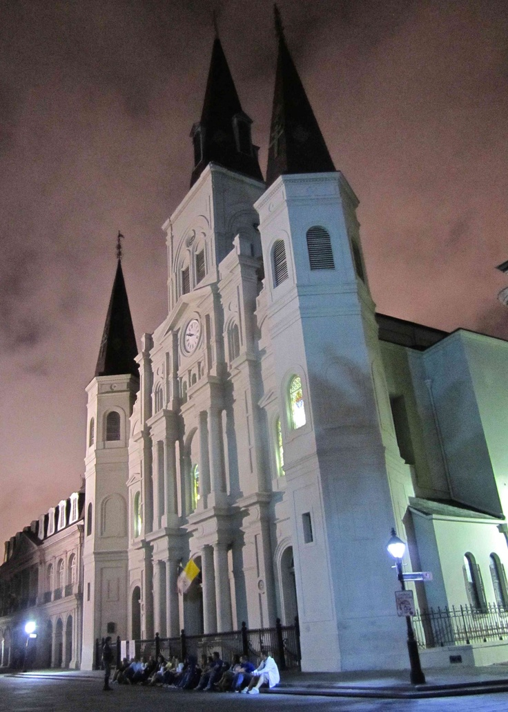 New Orleans - French Quarter at nightJackson Square