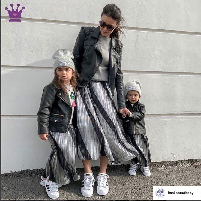 lacasitademartina.com #Blog de #modainfantil  #Spain #lacasitademartina #fashionkids #kidsfashion #kidstrends #kidswear #modaniños #kids #bebes #modabebe #baby #coolkids #moda #kidsstyle #kidsmodels #tendencias #minimodels #miniblogger #childrensfashion #modabambini #kidsfashionblog ♥ La FALDA PLISADA, la tienes tú y la quieren ellas ♥ Tendencias Moda Infantil : Blog de Moda Infantil, Moda Bebé y Premamá ♥ La casita de Martina ♥