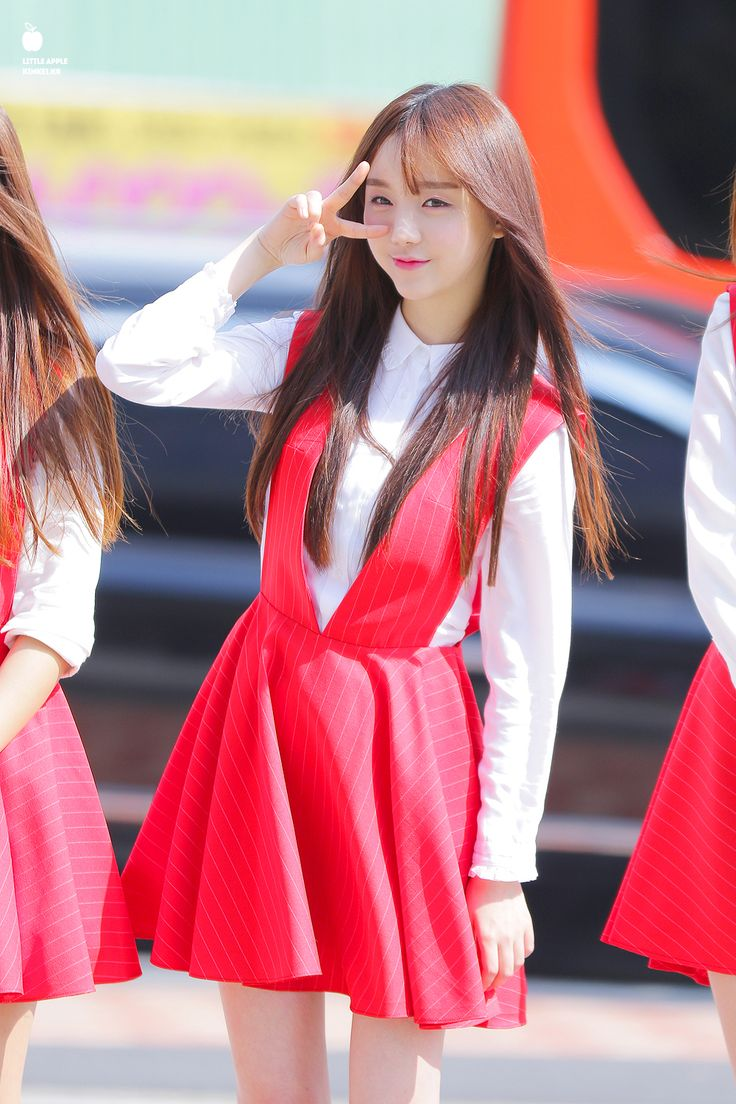 Beautiful in red Kei ❤ #bias