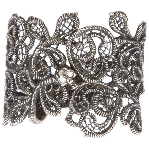 ALEXANDER MCQUEEN skull punk lace cuff (495 AUD) ❤ liked on Polyvore featuring jewelry, bracelets, accessories, alexander mcqueen, punk jewelry, skull cuff bracelet, alexander mcqueen bangle, hinged cuff bracelet and skull jewelry