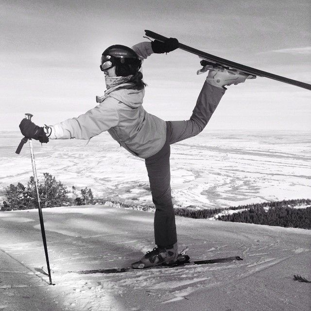 This is me at Red Lodge Mountain! Thanks for taking this pic @Montana4Hing #skiyoga