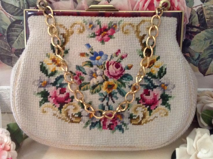 Vintage 50s SHABBY ROSES NEEDLEPOINT Pettipoint Purse