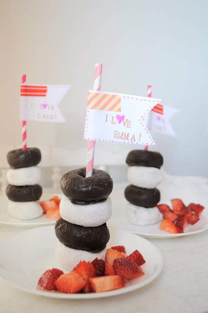 Adorable valentine breakfast for toddlers