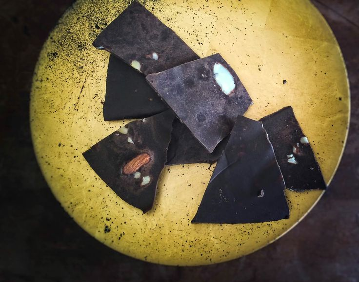 Pantry Narrative: The Goodness of Chocolate Bark