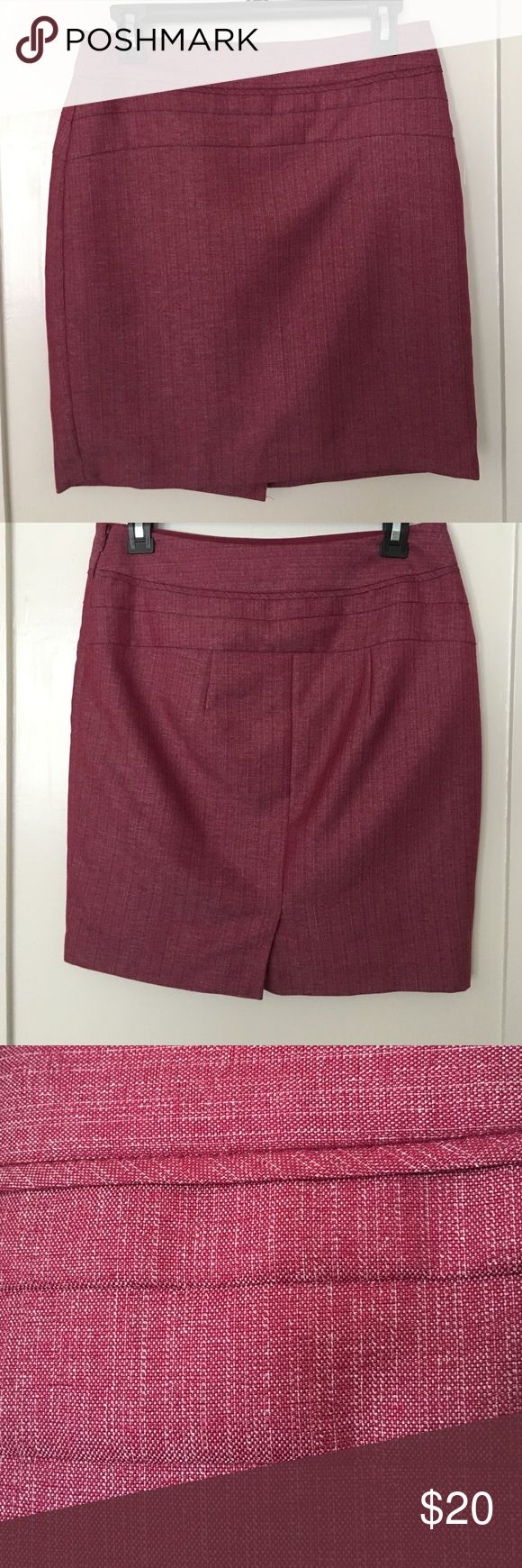 """The Limited magenta/cream pencil skirt Really professional looking magenta colored skirt from the Limited. Fabric has cream/tan colored lines. Has a side zipper and a modest slit in the back. Pet and smoke free home. 18"""" long. I have other work/career/professional items for sale and offer bundle discounts. This skirt looks great with a white top and tan blazer. The Limited Skirts Pencil"""