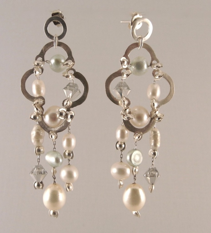 A touch of Morocco in these dainty drops. Choose them wider or longer to suit your face, and of course available in your choice of colours & as a stud or hook ~ MER23 ~ just $80(AUD) at mhoriginals.com.au ❤