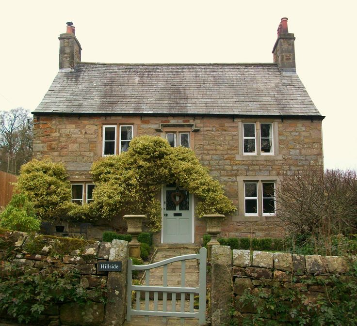 1041 best stone cottages images on pinterest fairytale for Pictures of english country cottages