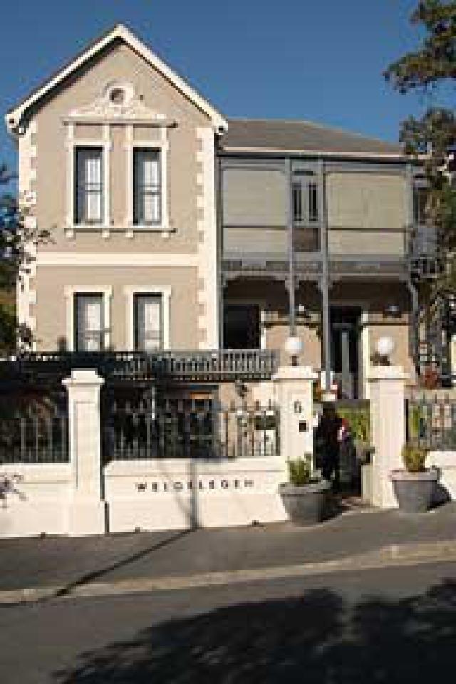 Cape Town Accommodation - David Hutchinson (http://crazyabouttravel.com/)