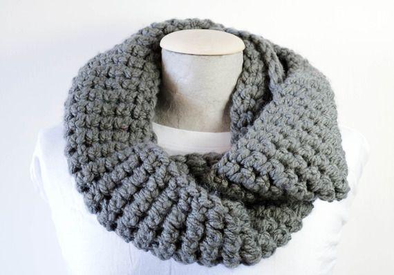 Infinity scarf colore grigio o nero