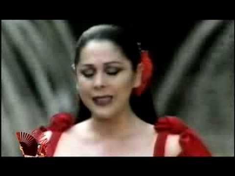 ISABEL PANTOJA / HISTORIA DE UN AMOR - YouTube