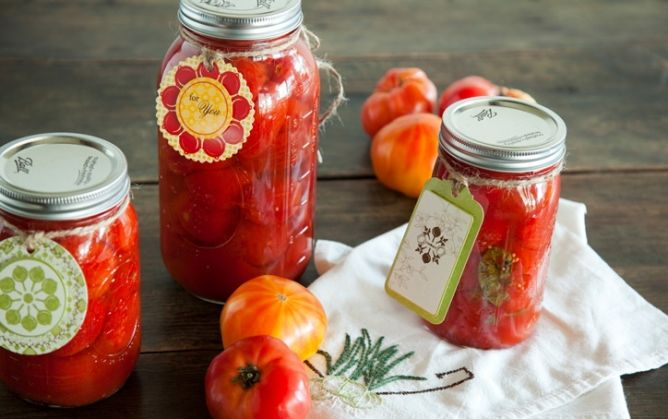 Home Canning 101: You'll be surprised how simple one of Paula's favorite pastimes is. Add these recipes to your file today! on PaulaDeen.com #pauladeen