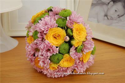 Aranjament floral - Glob de flori / Floral Arrangement - Ball of Flowers