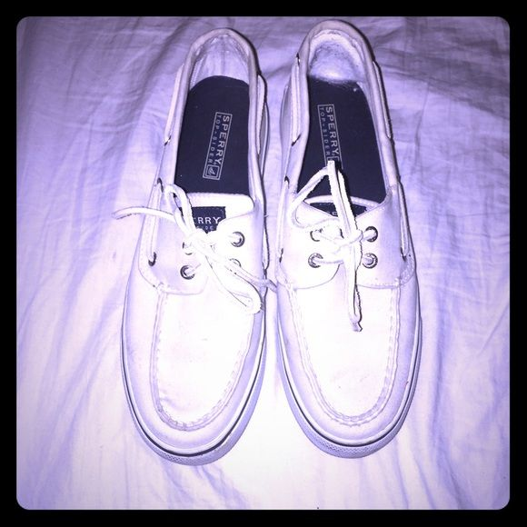 White sperry boatshoes, worn but not bad at all White, Sperry, boatshoes, worn but good condition Sperry Top-Sider Shoes Flats & Loafers