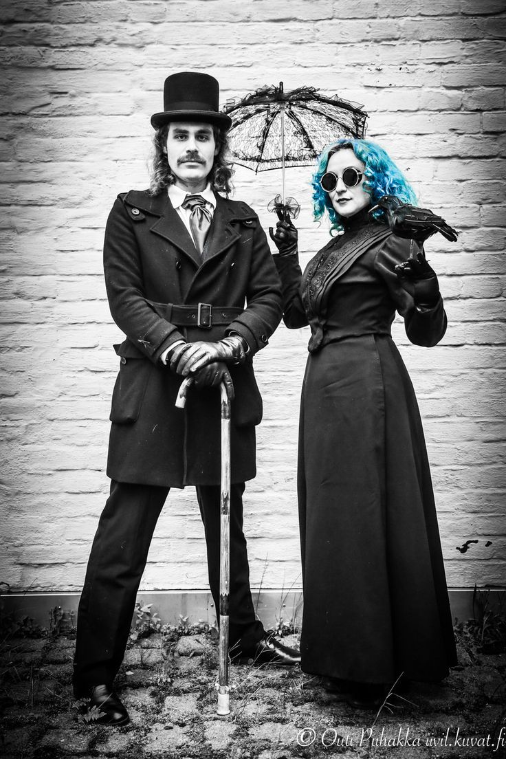 Steampunk-themed photoshoot in Tampere. Photo: Outi Puhakka