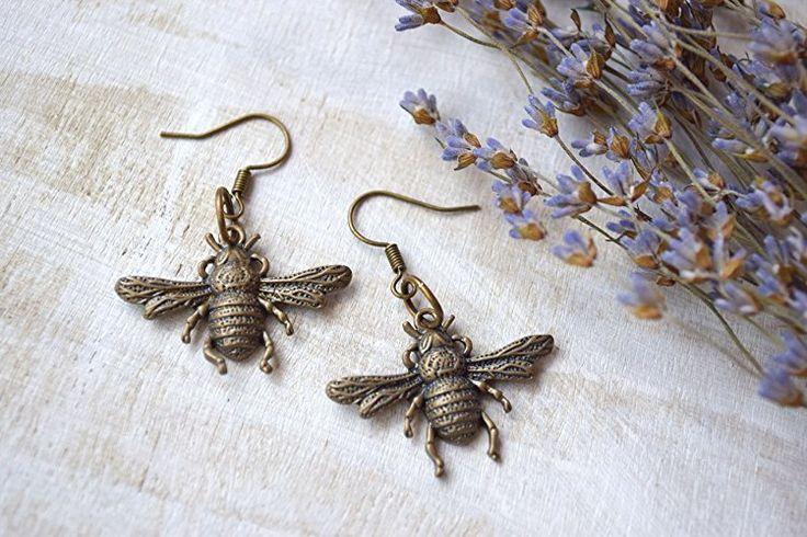 Bee Earrings Honeybee Post Earring Bridesmaid Gifts Bee Themed Wedding beehive earrings honeycomb insect earrings boho earrings beyonce earrings Gift for Bee Lover Bronze jewelry