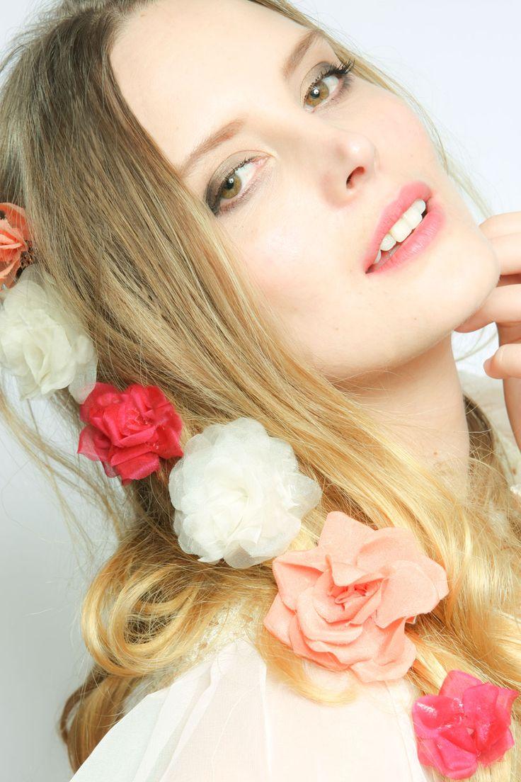 TERESKA FLOWERS BY DOLECKA