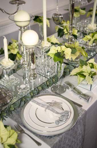 Λευκά Χριστούγεννα στο γιορτινό τραπέζι με λευκά αλεξανδρινά