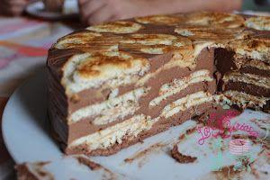 Tarta rápida de galletas hojaldradas y chocolate | Cocina
