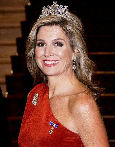 Her Majesty Queen Máxima of the Netherlands wore Queen Emma's Diamond Tiara tonight for a state dinner in New Zealand.
