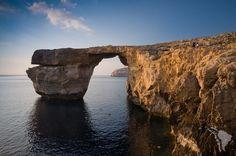 Découverte de l'ile de Gozo à Malte, trésor de la nature, avec ses falaises, ses criques. Idéale pour la randonnée, la plongée, le snorkelling et la plage