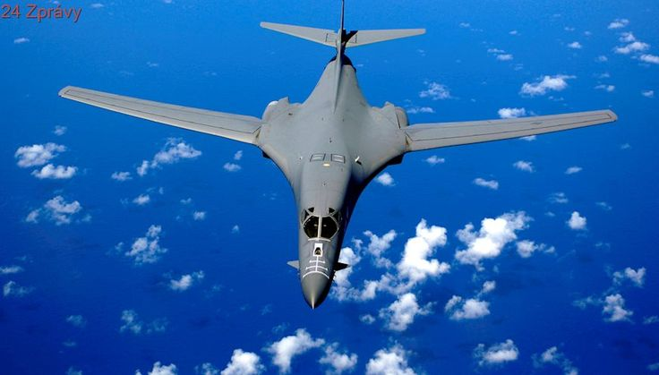 USA demonstrují sílu: Nad Jižní Koreou prolétly bombardéry B-1B a stíhačky F-35