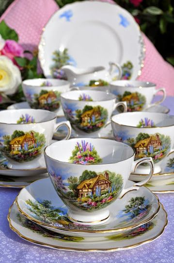 vintage Royal Vale homestead bone china tea set